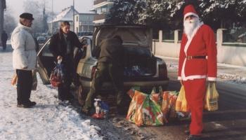 Zostań Świętym Mikołajem grudzień 2002