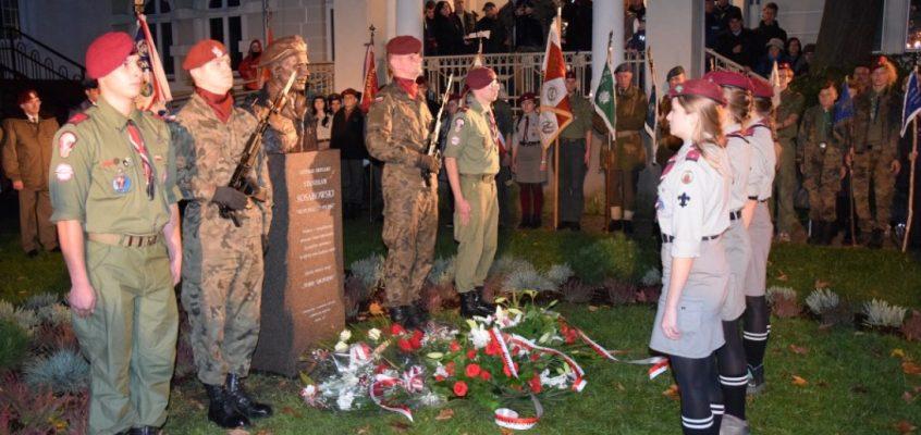 Harcerze z 7 Harcerskiej Drużyny Czerwonych Beretów Lęborku wybudowali pomnik generałowi Stanisławowi Sosabowskiemu – swojemu patronowi