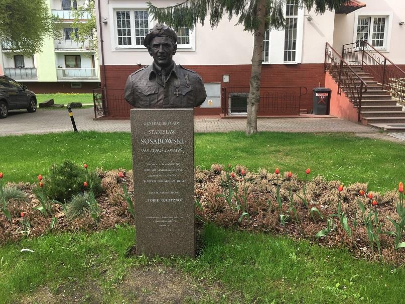 Tulipany generała Sosabowskiego w Lęborku