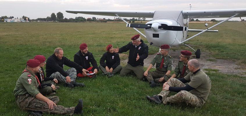 Kurs spadochronowy starszyzny drużyny